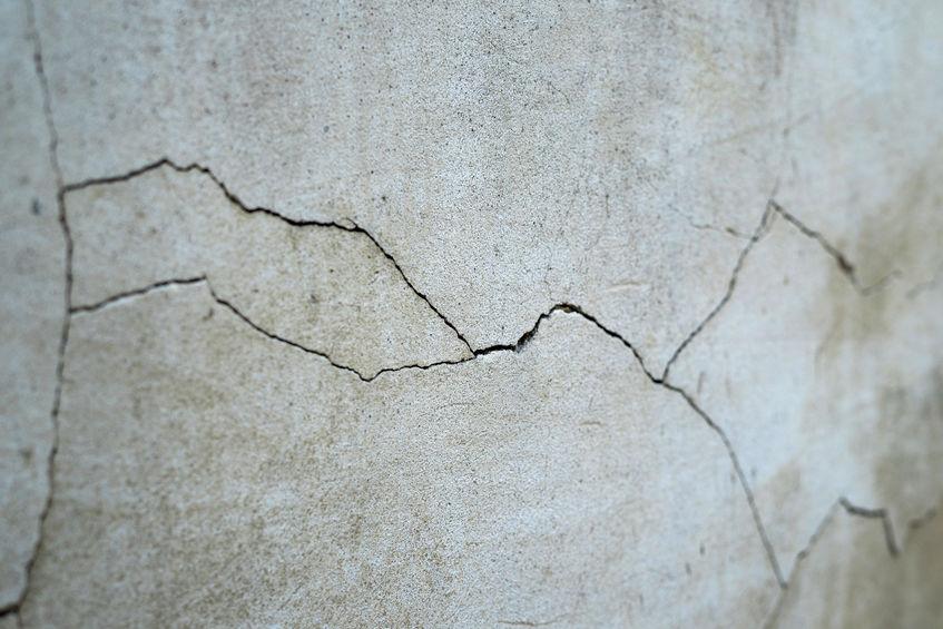 Crack in concrete foundation